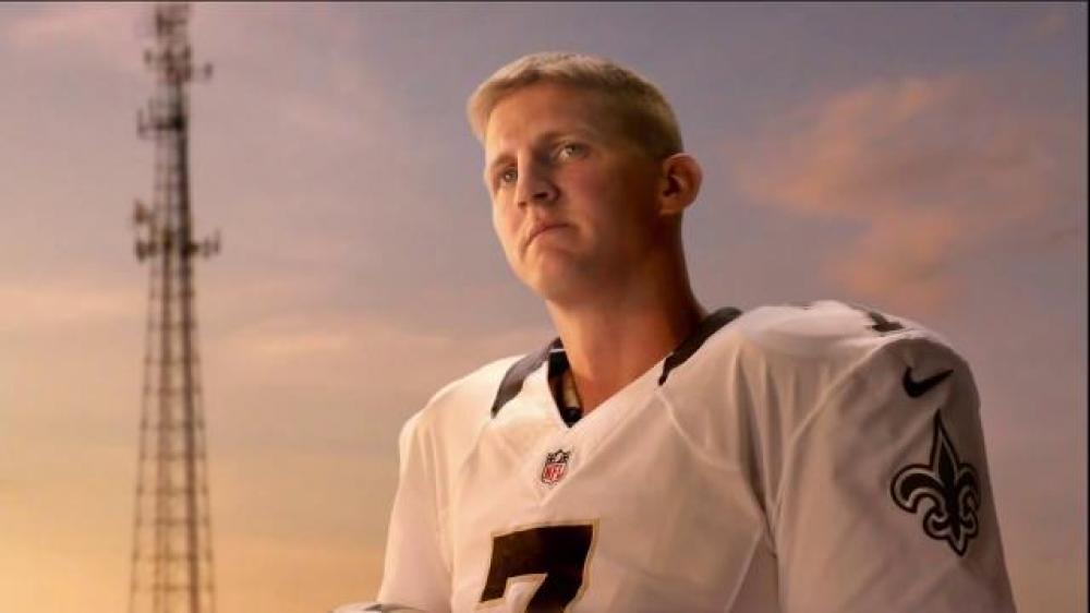 verizon-a-better-network-backup-quarterback-luke-mccown-large-8