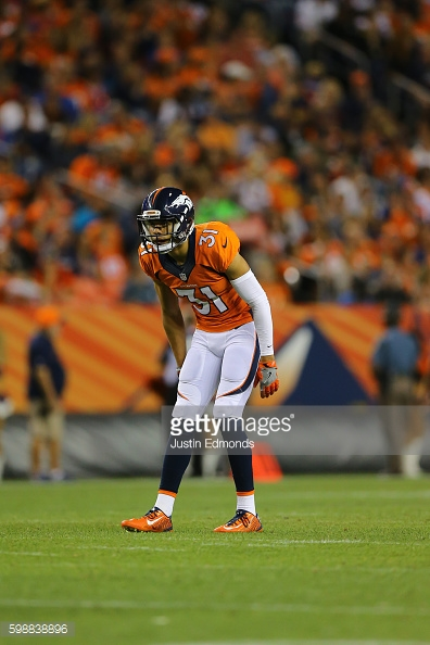 DENVER, CO - AUGUST 27:  Free safety Justin Simmons #31 of the Denver Broncos in action against the Los Angeles Rams at Sports Authority Field Field at Mile High on August 27, 2016 in Denver, Colorado.  (Photo by Justin Edmonds/Getty Images)